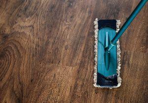 Limpiar con Majestic suelos de madera, parquet y tarima